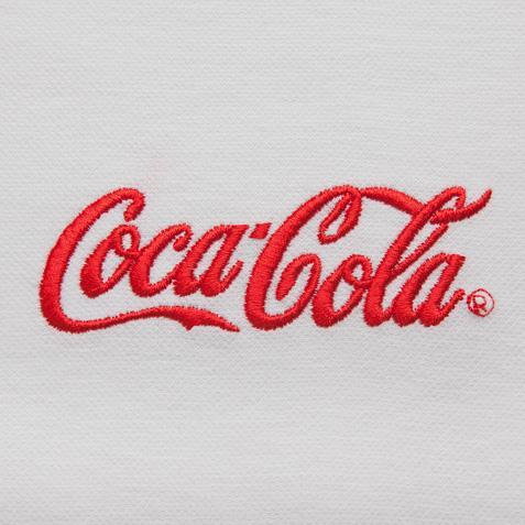 Вышивка на майке логотип